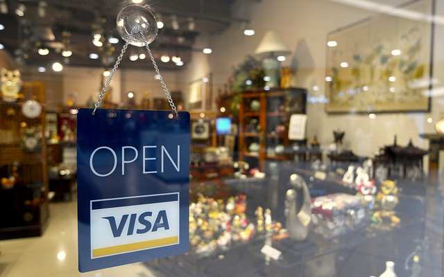 Business pros and cons of accepting credit card payments pinoy disadvantages for shops accepting credit card payments reheart Choice Image